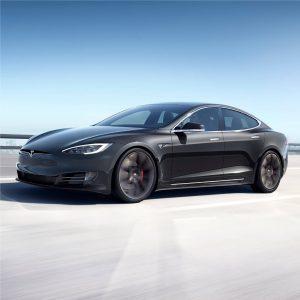 Tesla rankenos remontas